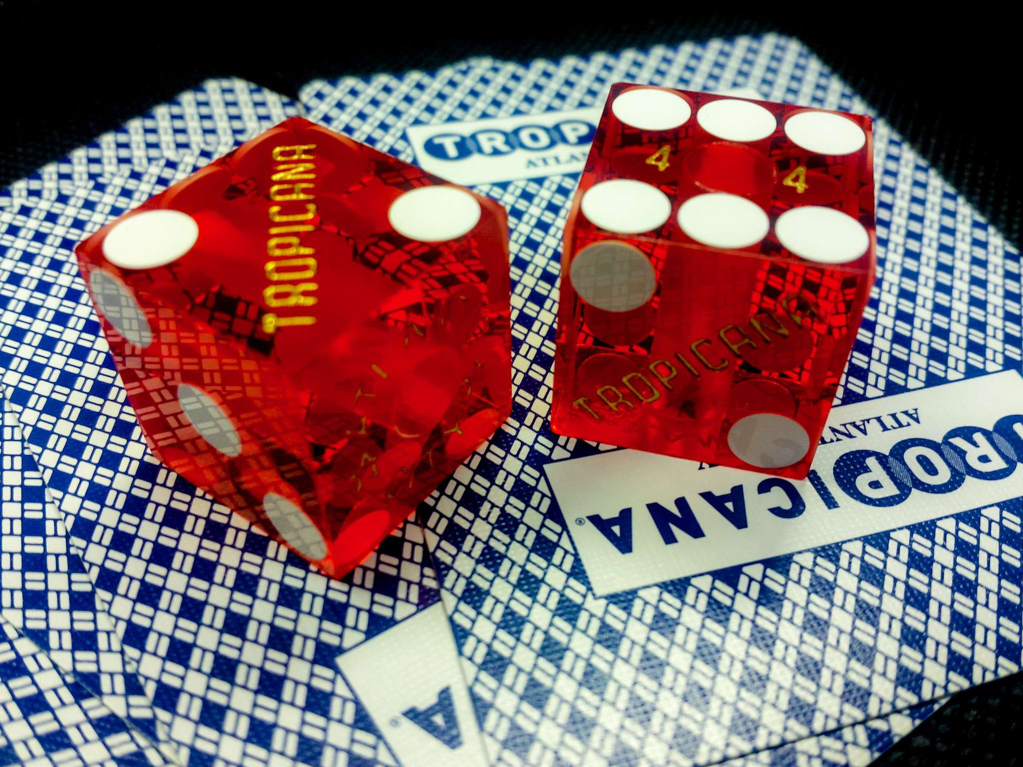 What The In-Crowd Can Not Let You Know About Online Casino